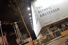 Voor het Olympisch stadion